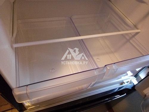 Установить отдельностоящий холодильник
