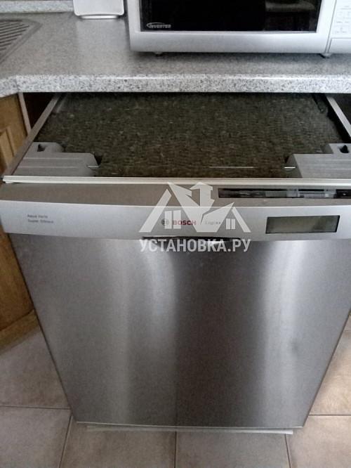 Установить отдельно стоящую посудомоечную машину Siemens SN 236I00 ME