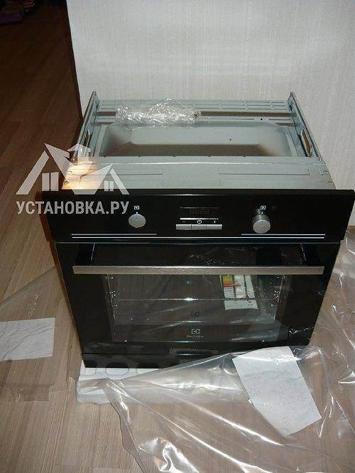Установить духовой шкаф электрический Electrolux EZB 52410 AK