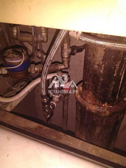 Повесить накопительный водонагреватель