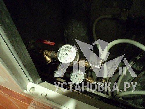 Повесить радиатор отопления на штатное место