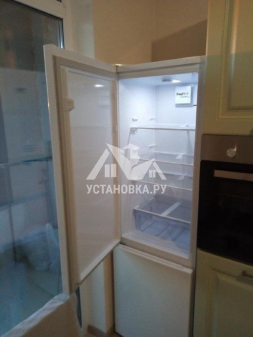 Установить холодильник и перевесить двери в районе Алтуфьево