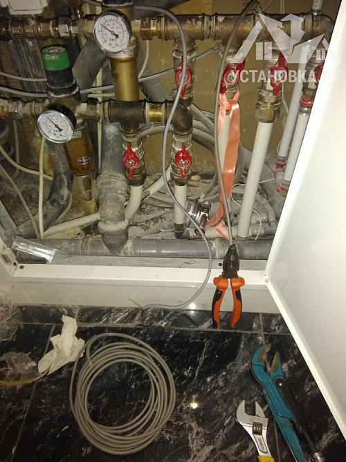Поставить два привода от системы от протечек воды Гидролок