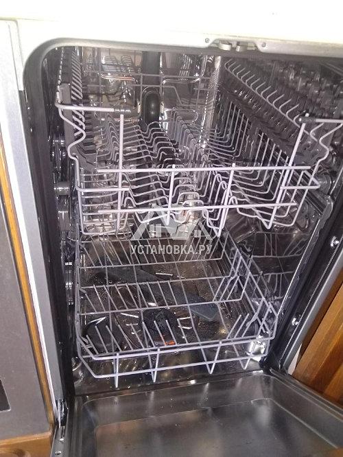 Установить новую встраиваемую посудомоечную машину Electrolux