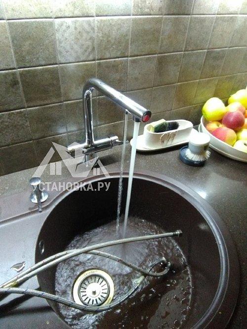 Установить смеситель Blanco Fontas II на кухне