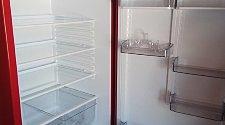 Установка бытового холодильника