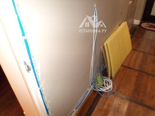 Проложить интернет кабель по комнатам