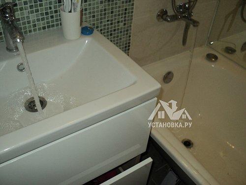 Устранить засор в чугунной ванной