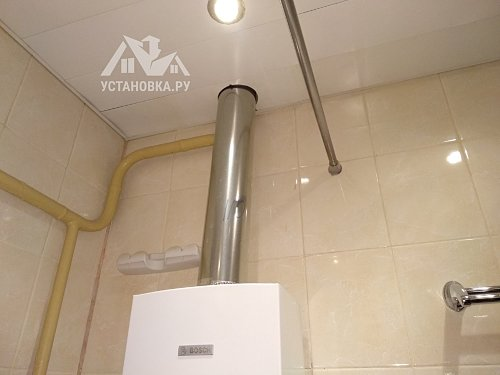 Проложить воздуховод для газового водонагревателя