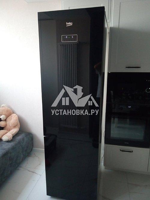 Перенавес дверей холодильника с эл. блоком управления
