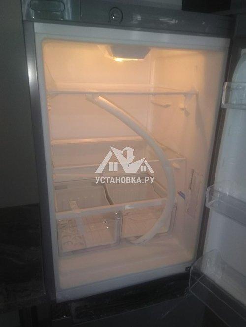 Стандартная установка холодильник