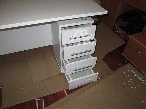 Собрать компьютерный стол СОКОЛ КСТ106.1Б