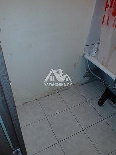 Установить отдельно стоящую стиральную машину samsung в ванной комнате