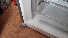 Перевесить двери на холодильнике