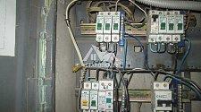 Проложить кабель от щитка сечением до 2,5 мм и установить автомат в щитке