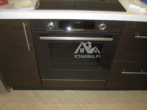 Установить электрический духовой шкаф Bosch HBG536YM0R