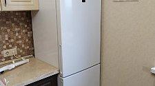 Установить новый отдельностоящий холодильник Hotpoint Ariston