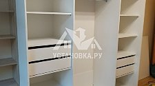 Собрать двухдверный шкаф купе в квартире
