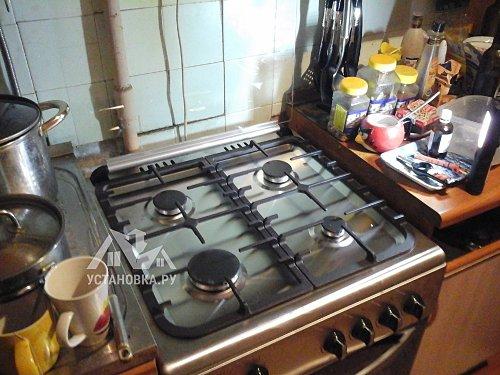 Установить плиту газовую De Luxe 606040.24-000