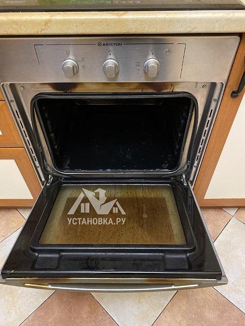 Установить новый электрический духовой шкаф Hotpoint-Ariston FID 834 H ICE
