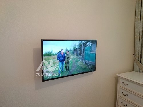 Установить телевизор Samsung UE40MU6103U